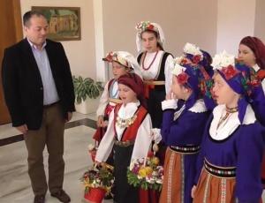 Τα Κάλαντα του Λαζάρου Τραγούδησαν στο Δήμαρχο κ. Σταυρογιάννη (Video)